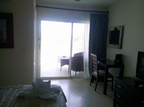 Hotel Santa Teresa: the room