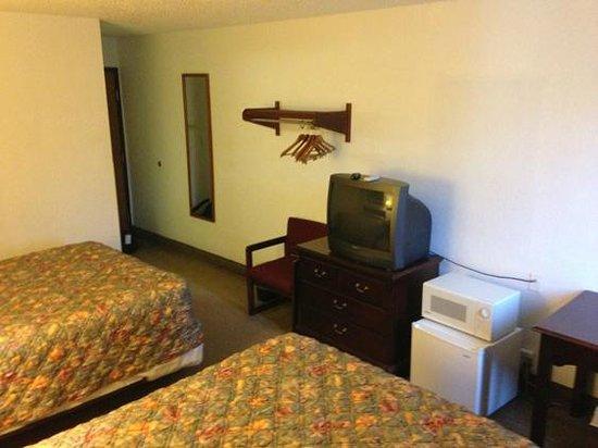 Super 8 Pittsburgh Airport/Coraopolis Area: Room