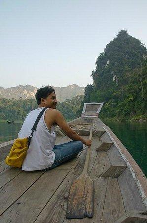 Khao Sok Valley Lodge: lake tour by MR.Bao