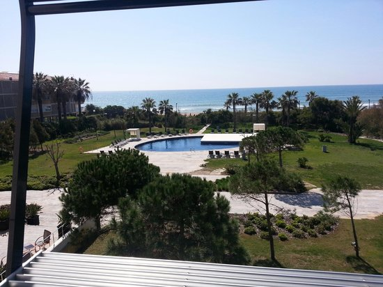 AC Hotel Gava Mar: Pool and  ocean view from room 211