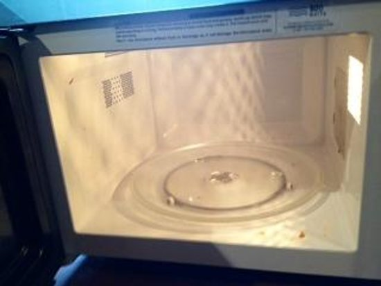 Four Points by Sheraton Kansas City - Sports Complex: Public microwave - eww!