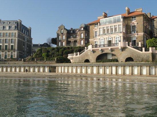 La vue depuis la terrasse picture of villa reine for Hotels dinard