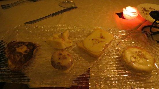 Ristorante Cavalier Bruno : Mix di formaggi e tortini tutto al tartufo