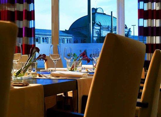 Le Meridien Grand Hotel Nürnberg: Lounge Atelier Bar