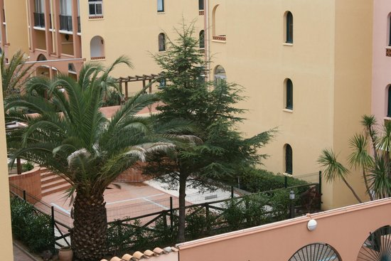 Hotel Alhambra : view
