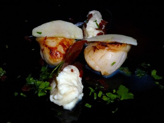 Brooklynn Guest House: Pan fried scallops