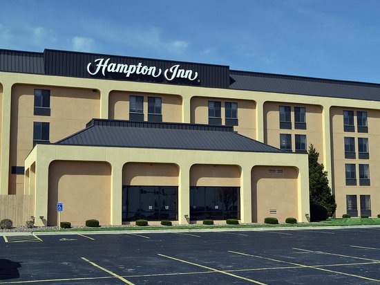 ‪هامبتون إن كانساس سيتي - ليبرتي: Hampton Inn Kansas City-Liberty‬