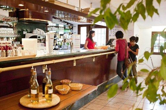 Camping de Paris: Le café resto