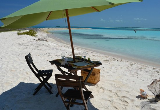 Posada Mediterraneo: do you want a beach restaurant service  to celebrate a special day ?