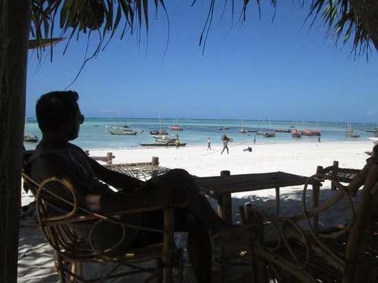 Loca Restaurant Nungwi Zanzibar: Beach view from Loca