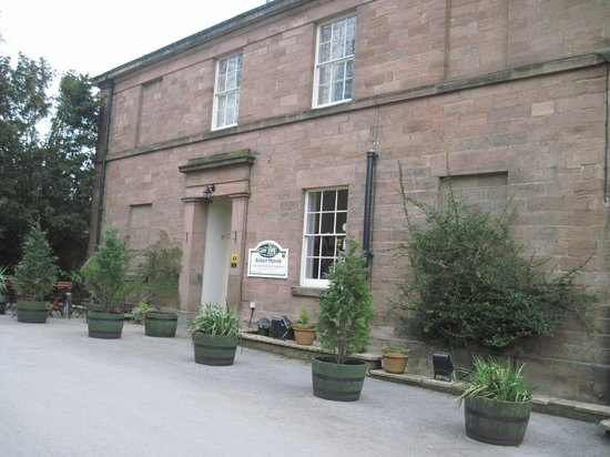 Alison House Hotel: Front of hotel