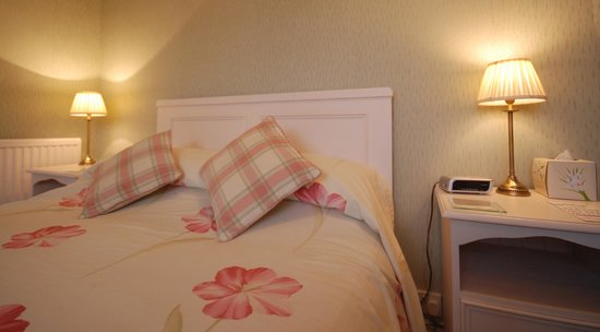 Holcombe House: Bedroom 9 (Penrhyn)