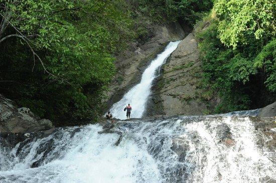 Bangon-Bugtong Falls: The top lake on Bangon Falls
