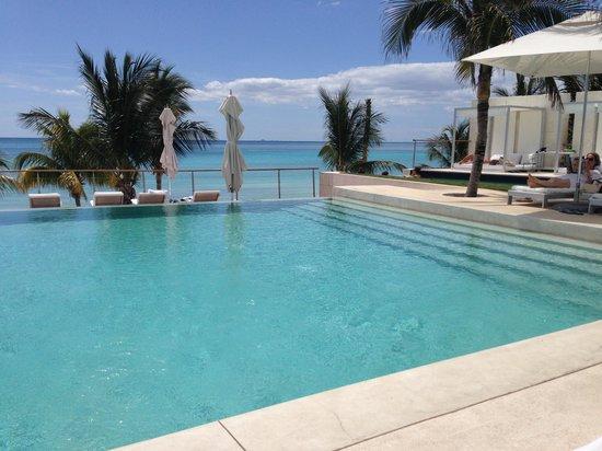 Blue Diamond Luxury Boutique Hotel: pool