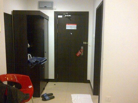 My Inn Hotel Lahad Datu: Guest Room