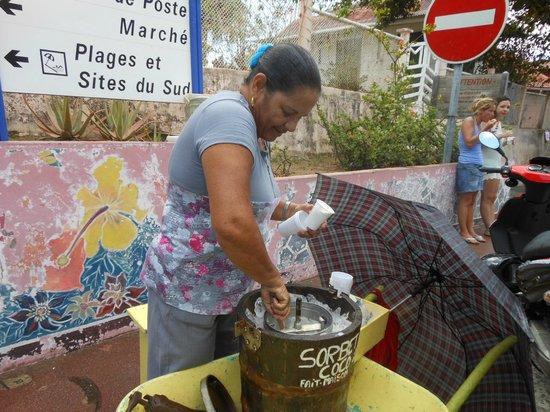 Les Saintes: Fabrication du sorbet coco