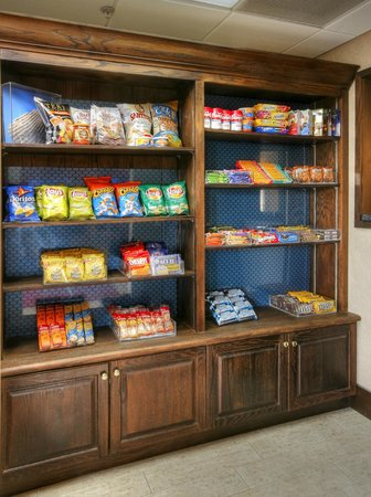 Hampton Inn Tuscaloosa-University : Hampton Inn Tuscaloosa University Hotel Snack Shop