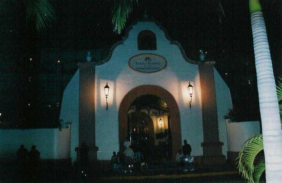 Pueblo Bonito Mazatlan: front entrance