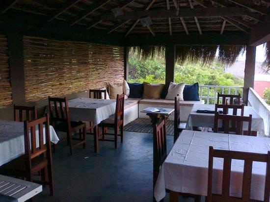 Amigo Lodge: Upstarirs Bar/Restaurant