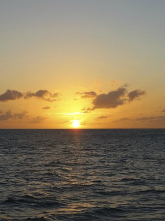 Ti Kaye Resort & Spa: Sunset from the Sunset Cruise