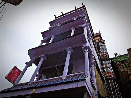 Hanoi Winter Hostel: Exterior