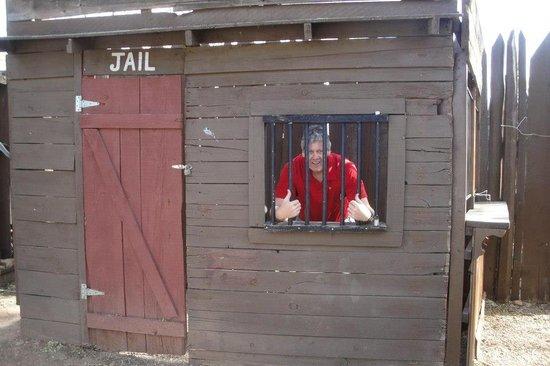 Calvin T's Smoking Gun BBQ: Jail