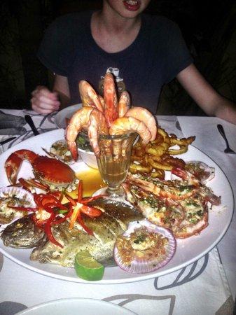 CAVA Restaurant & WineCafe: Fiskeanretningen