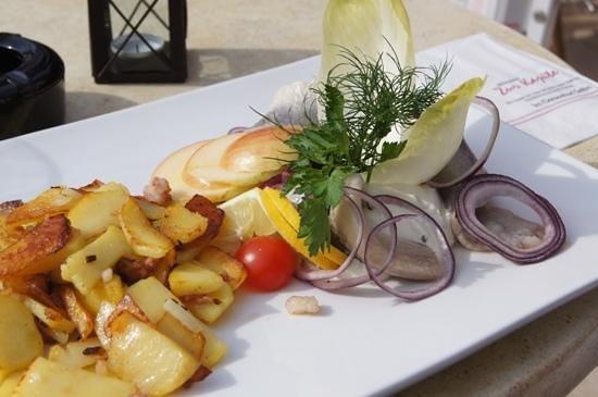Zur Kajüte: matjes mit bratkartoffeln
