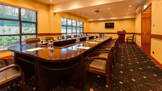 Collingham Gardens Residence & Club: Calliandra Meeting Room