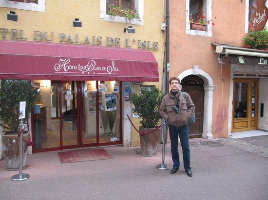Hôtel Du Palais de l'Isle : отель
