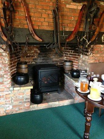 Sibton White Horse Inn: Charming breakfast/dining room