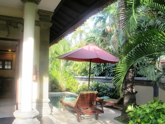 The Tanjung Benoa Beach Resort Bali: private villa pool