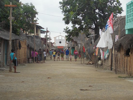 Yandup Island Lodge: comunidad