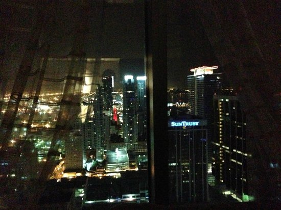 JW Marriott Marquis Miami: view from the room at night