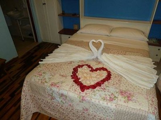 Bed & Breakfast de Kike: Room for guests honeymoon