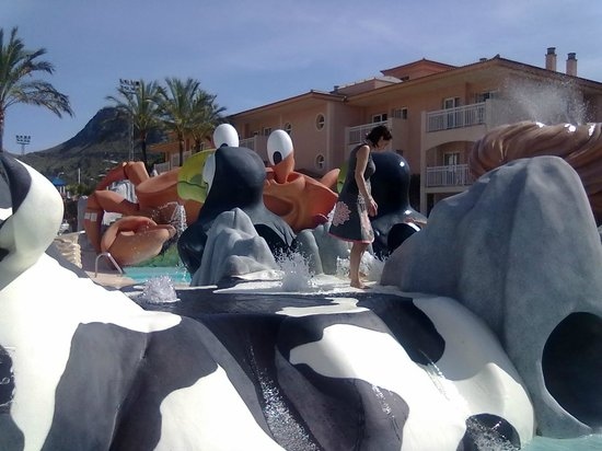 Playa Mar & Spa Aparthotel: older children pool