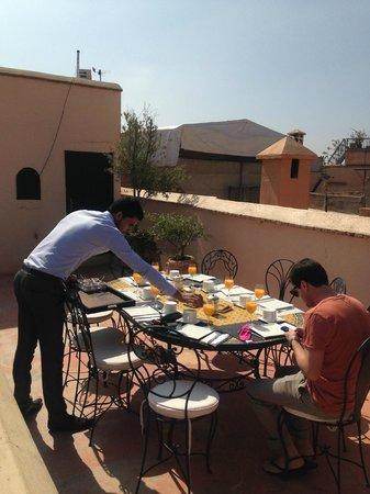 Dar Asam: breakfast