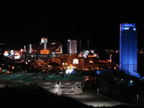 Harrah's Laughlin: ...and by night.