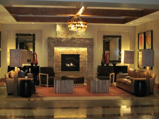 Ameristar Casino Resort Spa Black Hawk: Lobby