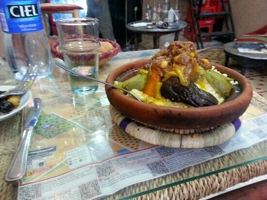 Baganziz Cafe : couscous with vegetables