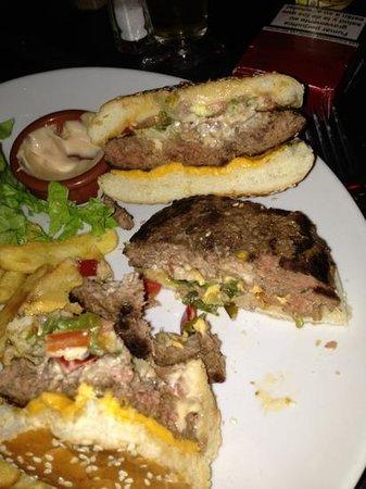 Hollandais sport Burger : le diablo pain burger très limite