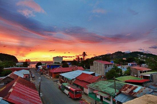 La Terraza Condominiums: Extraordinary Views From The Rooftop Terrace