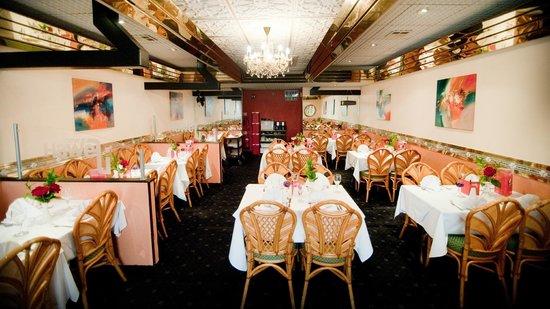 New Haweli: Inside the Restaurant