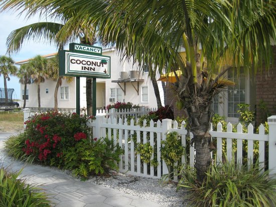 Entrance to the Coconut Inn