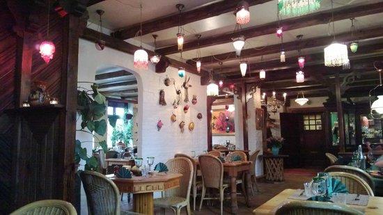 Tortilla Flats: Indretning