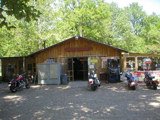 Del Rio, TN: Bobarosa Saloon