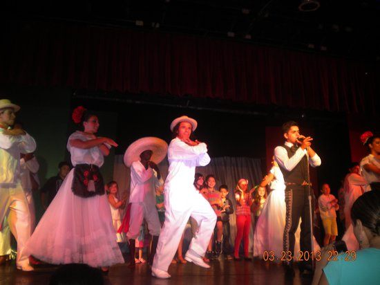 Gran Festivall All Inclusive Resort: El show