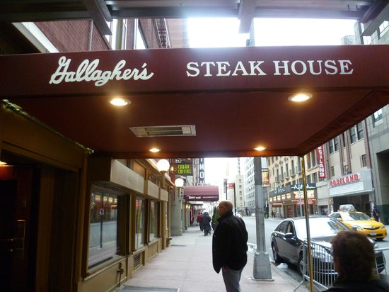 Entrance picture of gallagher 39 s steak house new york for S kitchen steak house