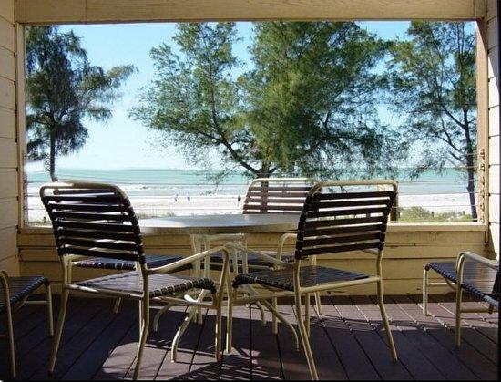 Bird's Nest Apts: Anna Maria Island, Bradenton Beach Bird's Nest apartments