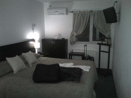 El Olivo Hotel: Habitacion 118.Cama matrinonial King Size + Cama individual